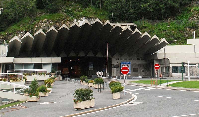 Новые тарифы на проезд по автомагистралям, мостам и тоннелям во Франции в 2019 году-Новости туризма в России и мире