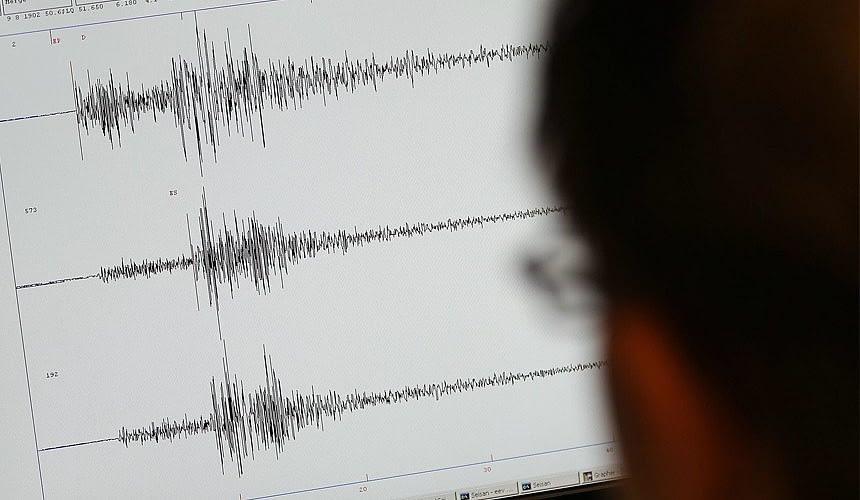 В Индонезии идет эвакуация в связи с цунами-Новости туризма в России и мире