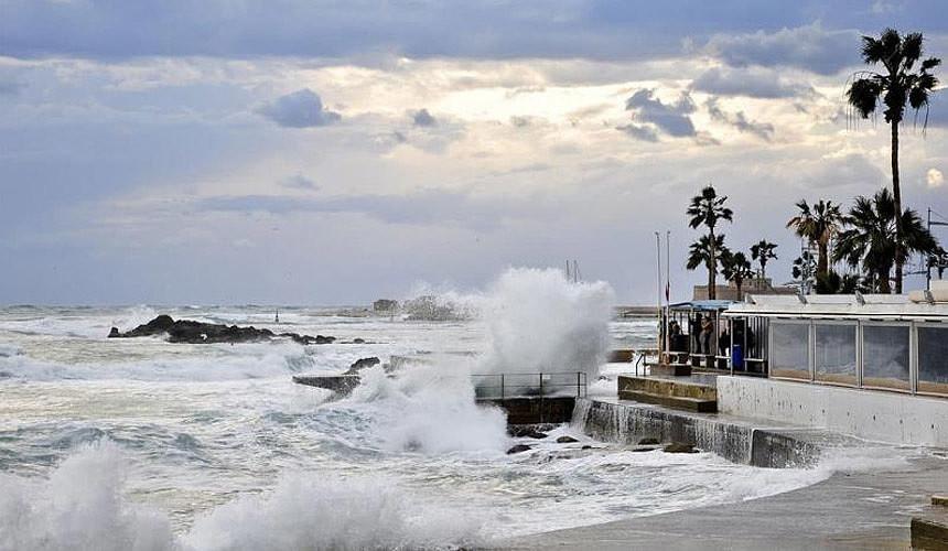 На Кипре туристы остались без пляжей-Новости туризма в России и мире