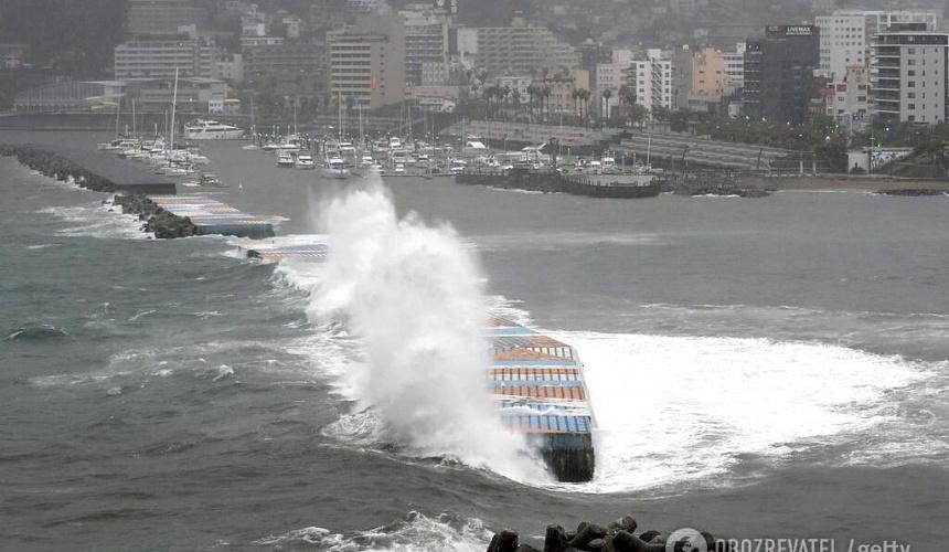 Тайфун вызвал транспортный коллапс в Токио-Новости туризма в России и мире