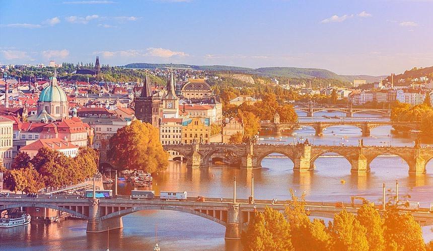 Туры в Прагу на ноябрьские праздники продаются за 13 тыс. руб.-Новости туризма в России и мире