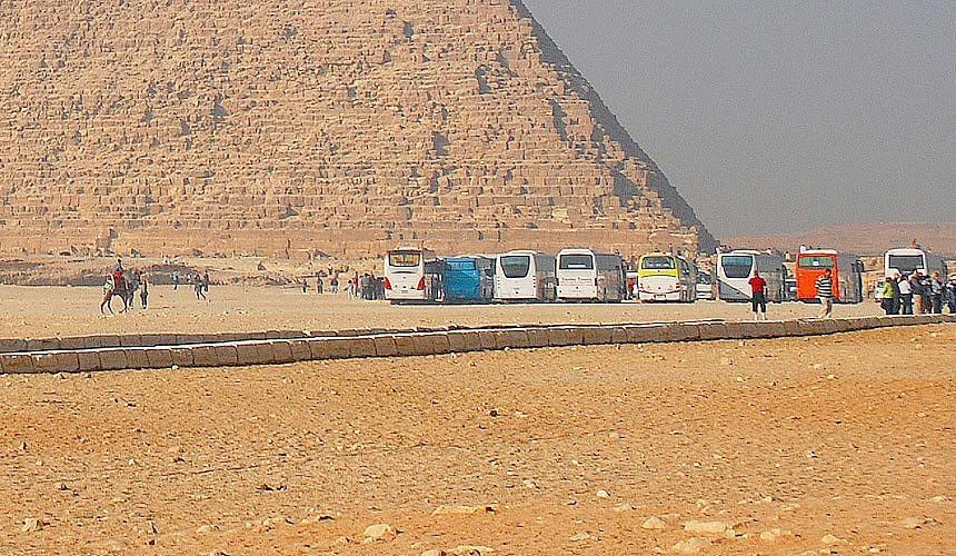 Россияне не готовы летать на курорты Египта через Каир-Новости туризма в России и мире