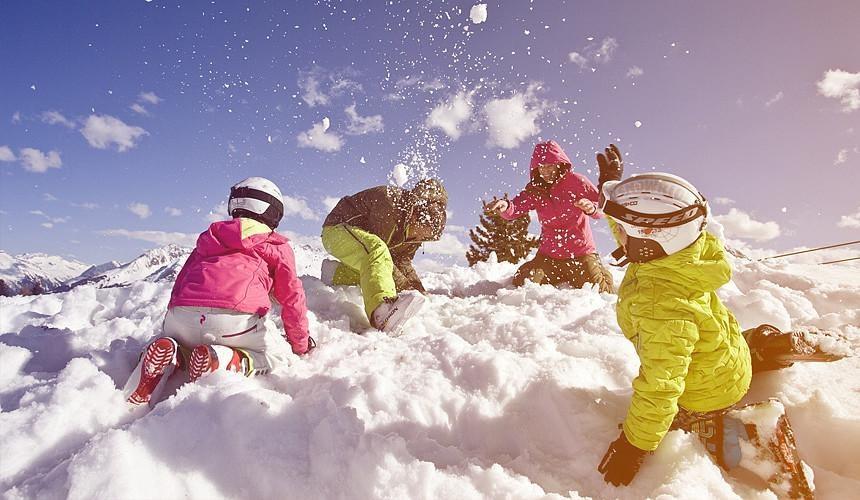 На Красной Поляне выпал долгожданный снег-Новости туризма в России и мире