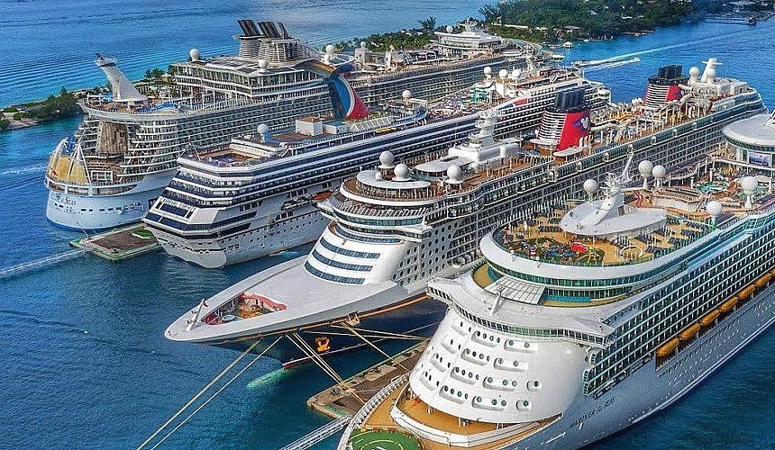 Круизные компании рассказали об изменении маршрутов своих лайнеров-Новости туризма в России и мире